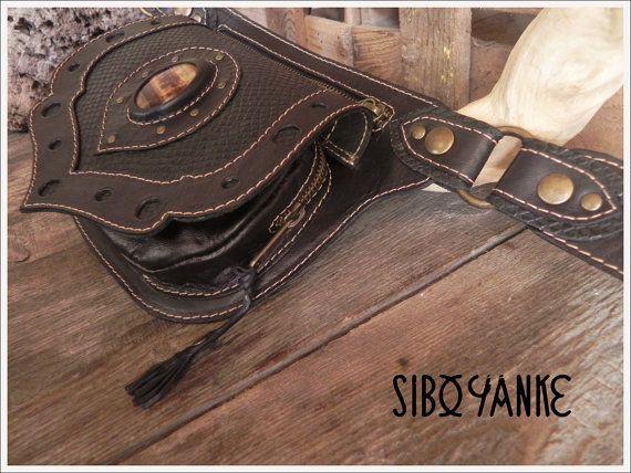 Riñonera de cuero con incrustación de piedra por SiboYanke en Etsy