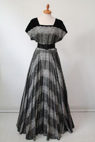 Aftenkjole, Sims model, 1950. M-L