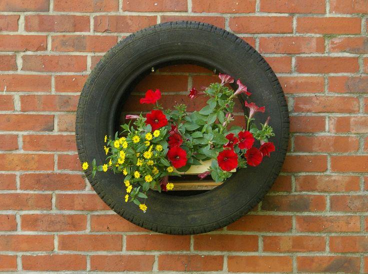Garten Dekoration Alter Autoreifen Blumenampel Von Schlüter Kunst Und  Design   Stühle, Kommoden, Regale