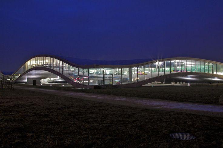 The Learning Center of the École Polytechnique Fédérale de Lausanne (EPFL). A famous building of the Lausanne campus.