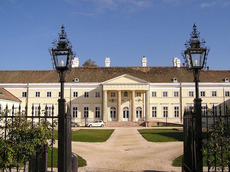 Esterházy-kastély, Csákvár