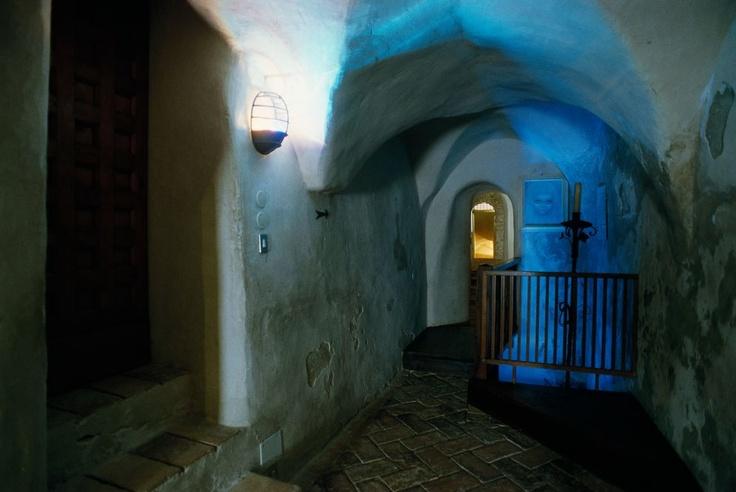 Montebello di Torriana. Rocca dei Guidi di Bagno e la leggenda di Azzurrina. Fortress of the Guidi of Bagno Family  #castello #castelli #fortress #castle #gost