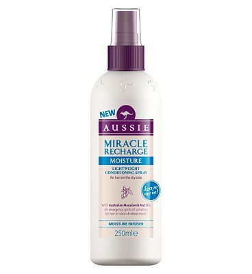 #Aussie Miracle Recharge Moisture Infuser #16 Advantage card points. Aussie Miracle Recharge Moisture Infuser Leave-in Conditioner: An emergency spritz of salvation for hair in need of refreshment FREE Delivery on orders over 45 GBP. (Barcode EAN=4015600624903)