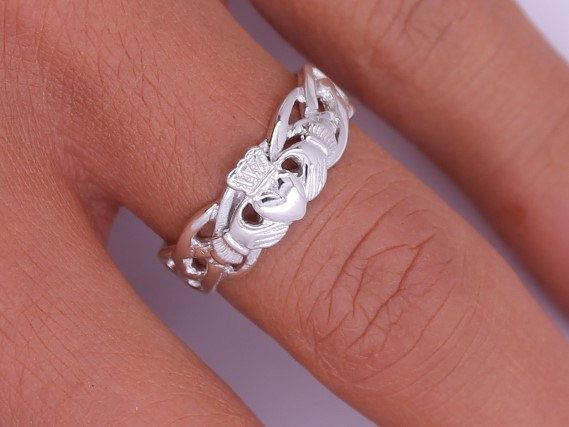 Super Best 25+ Silver claddagh ring ideas on Pinterest | Irish heart  JO74