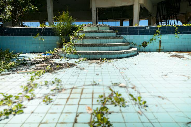 swimming pool, abandoned hotel, seychelles island