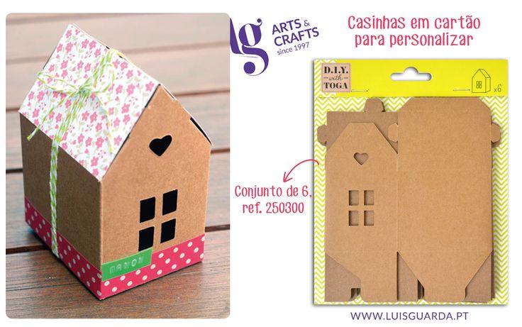 Personalize estas pequenas casas de mil e uma maneiras. Hoje, sugerimos uma versão fresca e colorida! -> Casas: http://www.luisguarda.pt/pt/Produtos/ARTES-DECORATIVAS/SCRAP/PECAS-PARA-PERSONALIZAR/PC211?PageId=2