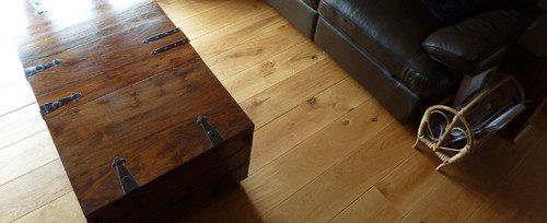 Rustic oak flooring by Esco finished with Polyx Oil by Fine Oak Flooring