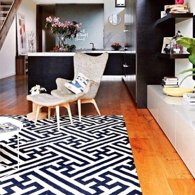 Fenton & Fenton maze rug