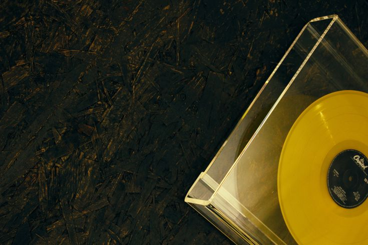 BOOX SQUARE Wall #productdesign #design #books #magazines #interiors #architecture #photography #literature #art #fashion #lisboa #innovation #boox #booxsquare #booxstore #vinylalbum #vinyl #yellow