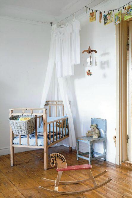Vintage Kid's room via Petits petits tresors