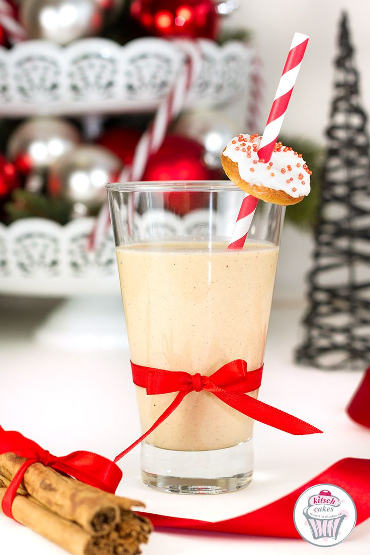 eggnog recipe. Delicious sweet drink for christmas. Good idea for my next dinner. Recette de Noël d'Eggnog. Eggnog Rezept für Weihnachten.