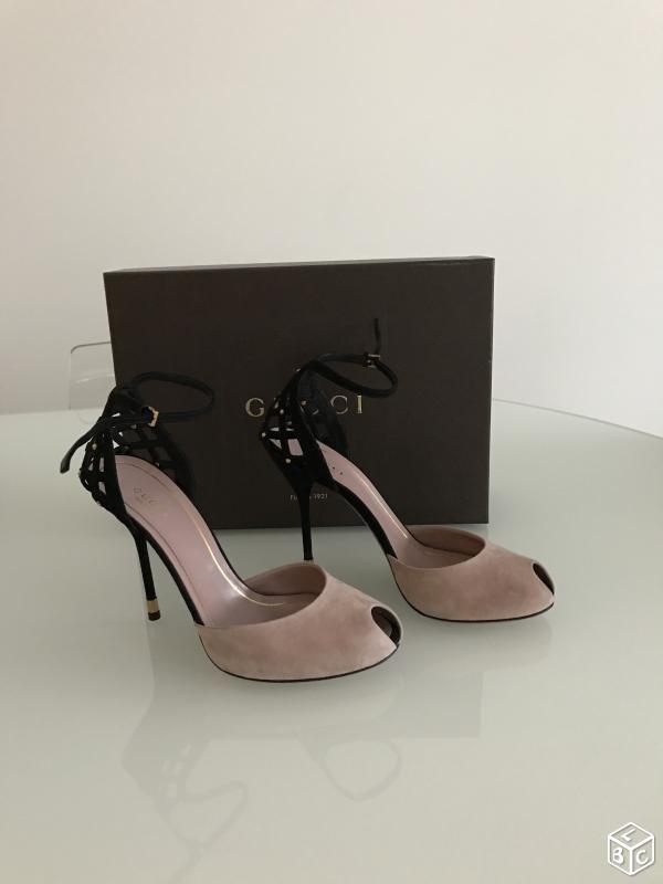 GUCCI Sandales à talons en daim rose cendré neuves Chaussures Val-de-Marne - leboncoin.fr