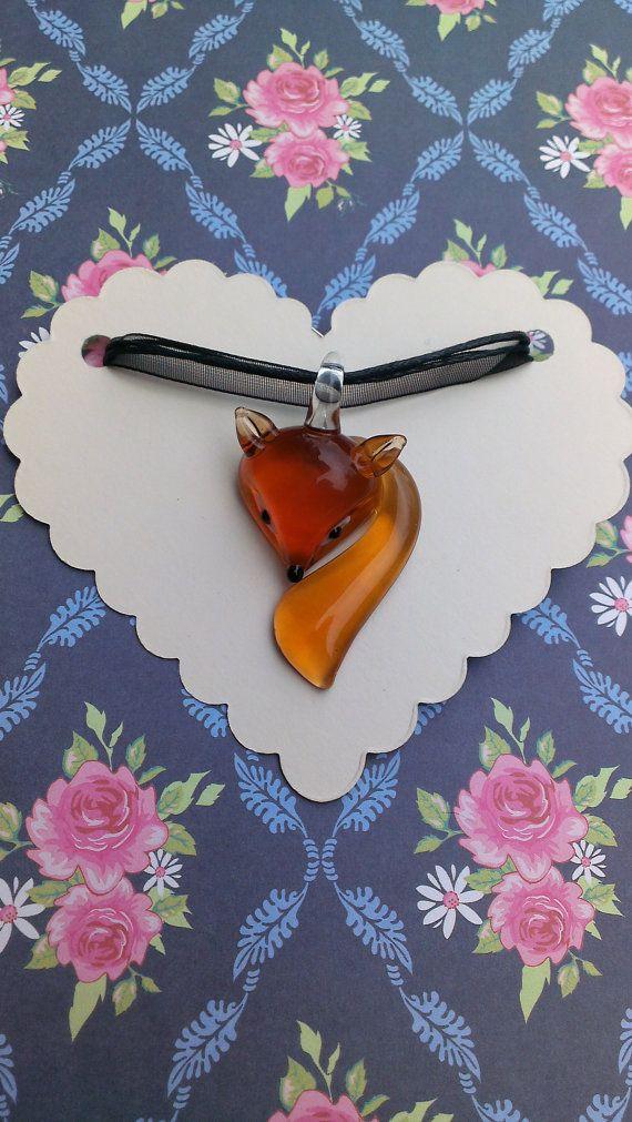 Vetro volpe collana  collana ciondolo in vetro di TheCraftyCowShed