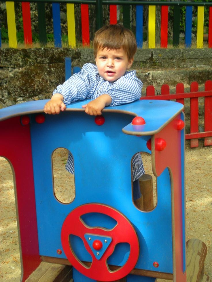 Juego y movimiento en el patio