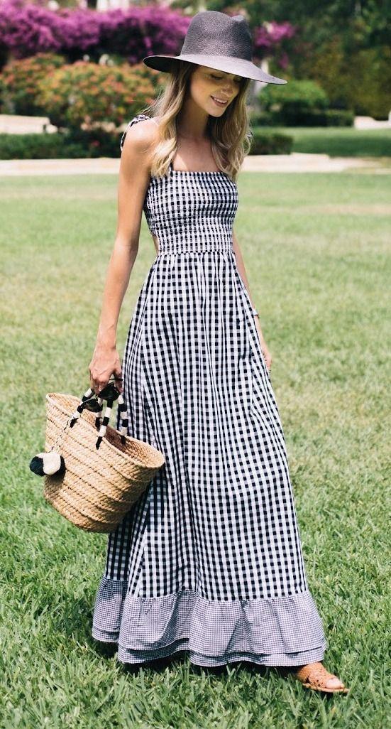 91b0933fcf80b 10 maneiras de usar vestido longo. Chapéu preto