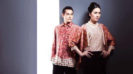 Desain Baju Batik merk Danar Hadi lumayan bagus