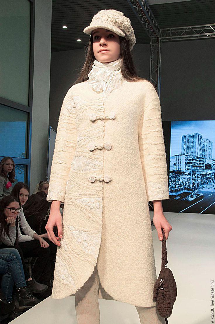 """Купить Пальто """"Белый город"""" - валяное пальто, БЕЛОЕ ПАЛЬТО, пальто из шерсти, фактурное пальто"""