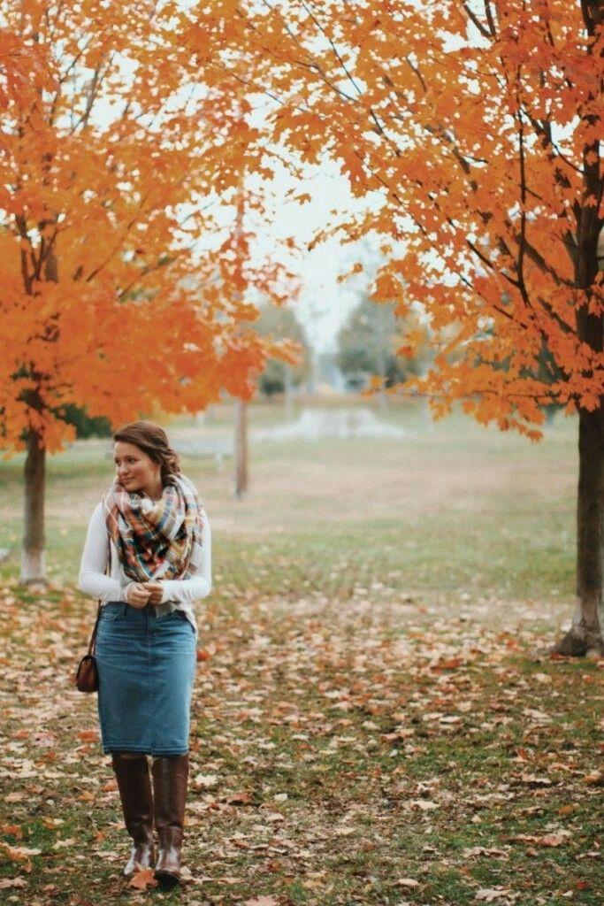 Courtney Toliver, modest fashion- I love blanket scarves                                                                                                                                                                                 More