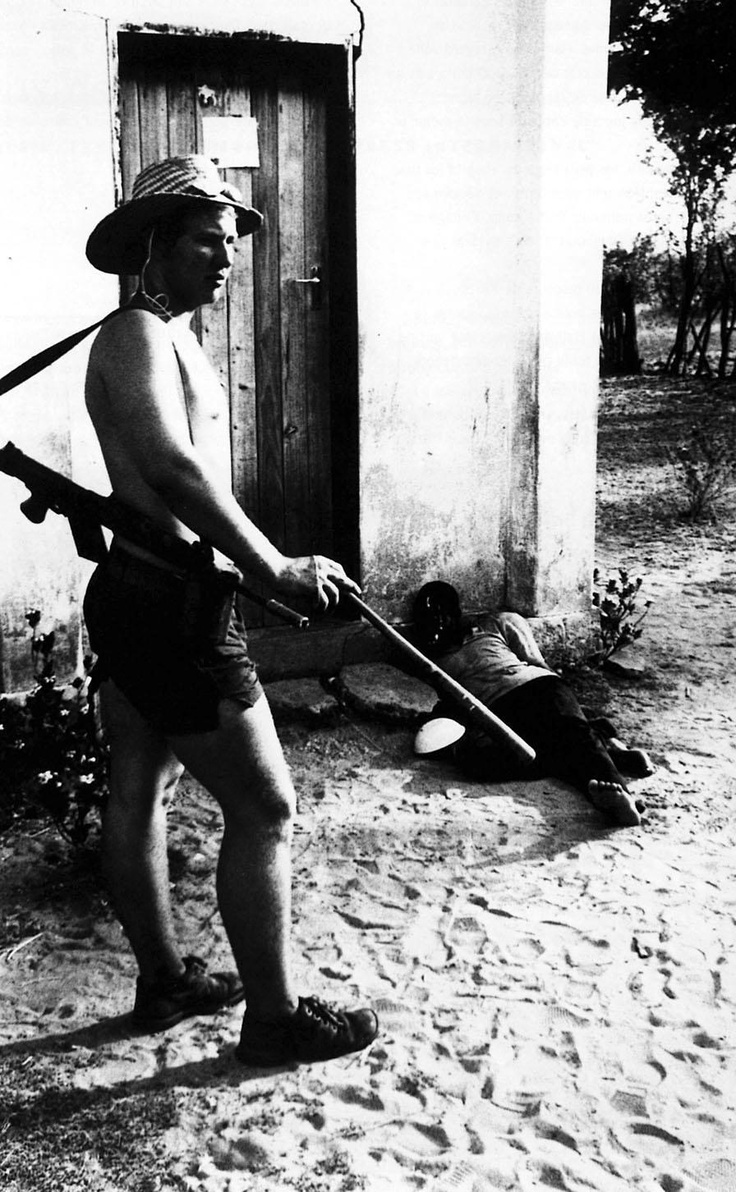 1978  J. ROss Baughman, Associated Press  Les Campagnes rhodésienens  Photo 1 Pulitzer'Prize