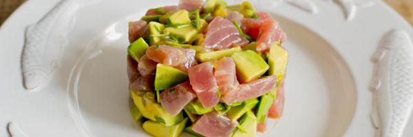 Tonijn tartaar met avocado en passievrucht