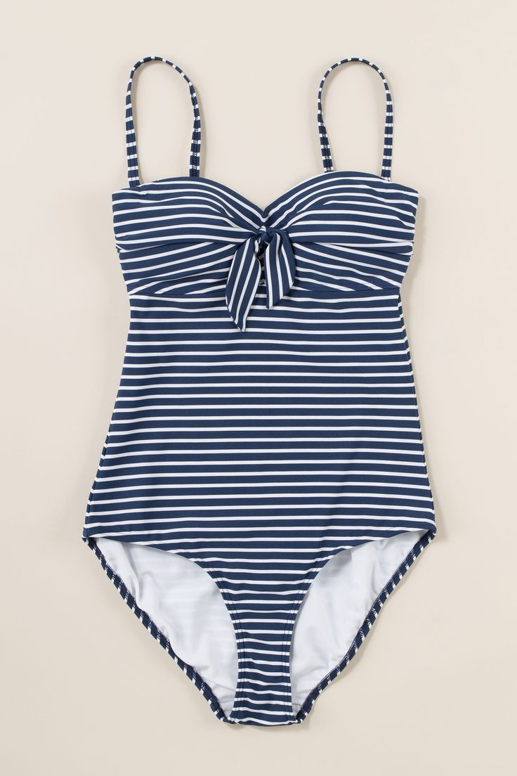 The Seasalt Swilker Swimming Costume is a 50s style swimsuit made from soft but supportive swim fabric, with tummy control and multiway straps.