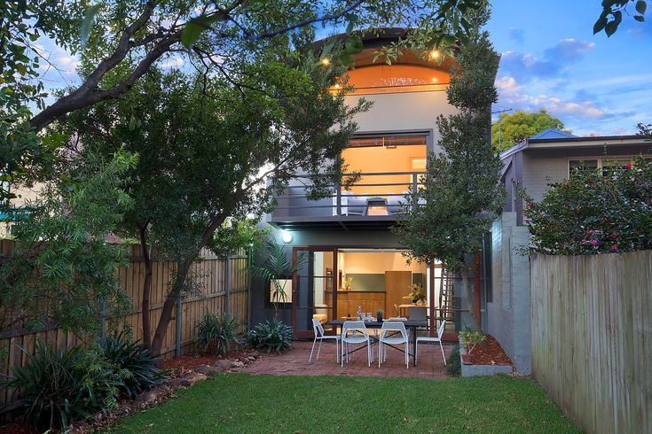 Spacious family residence, large garden  #NewHome #Property  #Investment #homestyling #interiors #propertystyling interiordecorating  #modern #architecture #renovation