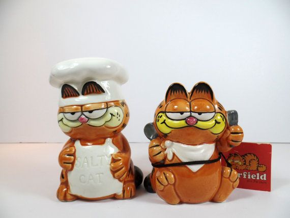 Vintage Enesco Garfield The Cat Salt & by SallysVintageKitchen