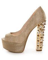 .: Girls, Studded Platforms, Sexy Shoes, Walk A Mile In My Shoes, Bling Bling