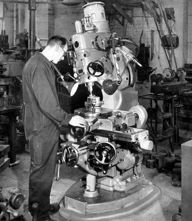 Archdale Machine Tools - Oh to have a home shop with one of these.. or a Bridgeport.. ~No pitch axis, but makes roll on the Bridgeport look sissy. Great page w big pics.