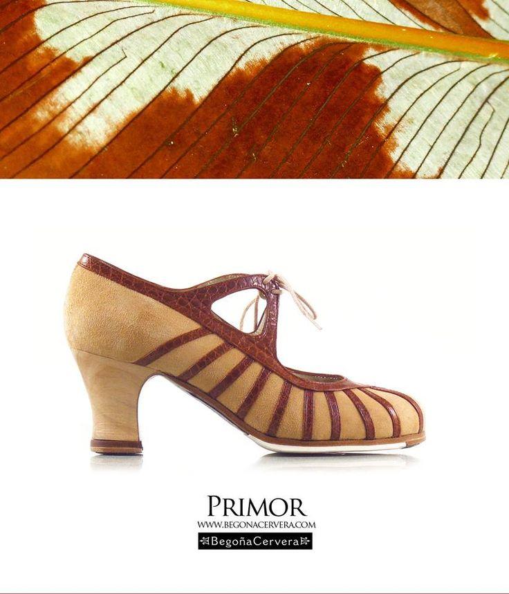 https://www.tamaraflamenco.com/es/zapatos-de-flamenco-profesionales-4 Zapato profesional de flamenco Begoña Cervera Modelo Primero marron y beig