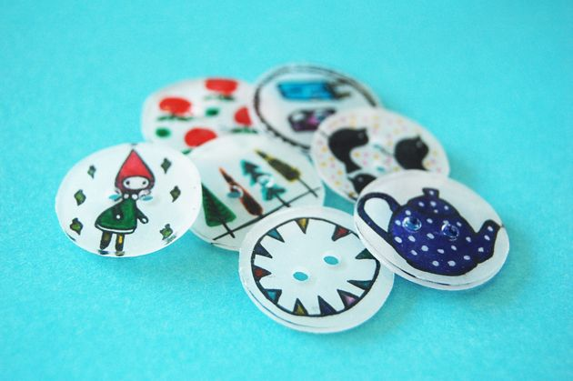 DIY - make your own illustrated buttons (in dutch - with pictures)