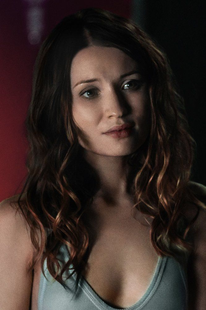 American Gods Emily Browning Image 1 (10)