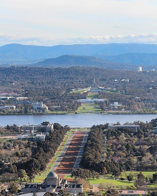 One of the most popular walks among locals, the bush track behind the Australian War Memorial goes to the top of Mt Ainslie. It's about 2km each way, there are plenty of steps and it's steep in parts, so check your fitness level. Trust us; the views from the top, looking across to Old Parliament House and Parliament House and pictured here Instagrammer @sarah_loves_the_outdoors, are well worth the effort. #visitcanberra #onegoodthingafteranother