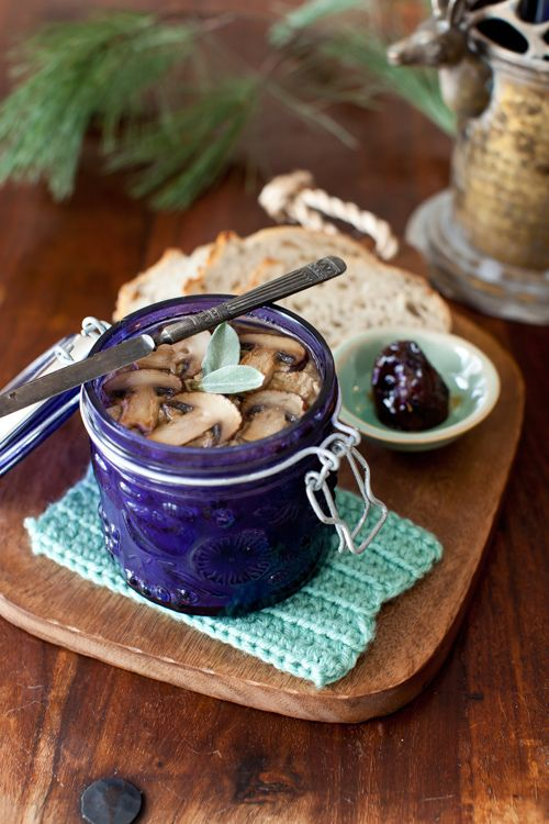 The 25 best chicken liver terrine ideas on pinterest recipe chicken liver pt with mushrooms and sage served with fig preserves chicken liver patechicken liverscharcuterie recipesromantic foodgood forumfinder Image collections