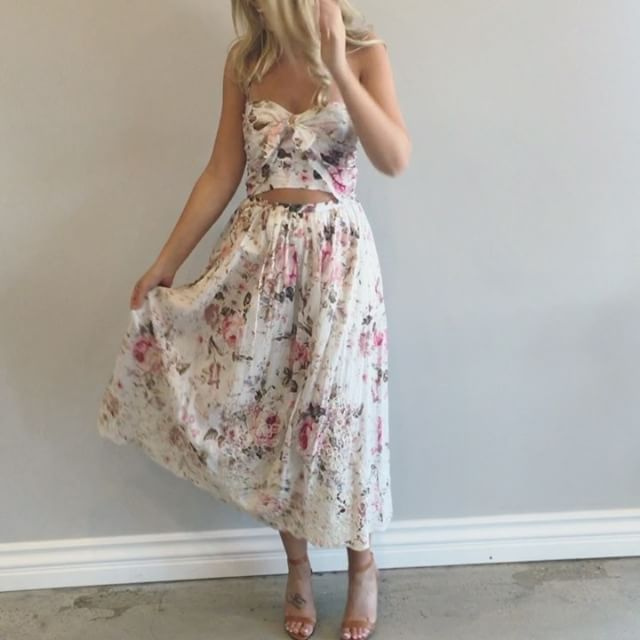 zimmermann dress / pretty, floral, lace, heels, party dress, love, summer, spring, shopping, shop online, beautiful