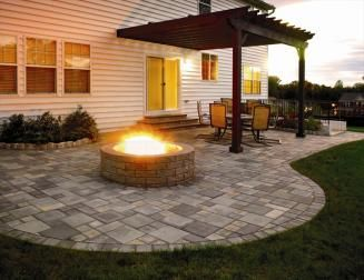 DIY Patio- this is the exact shape of my patio.  I just need to paint it to look like stone and add the fire pit.  Nice....   =)