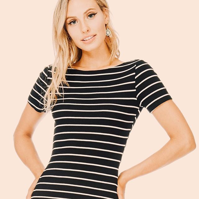 Style tip: you can never go wrong with stripes! 😘