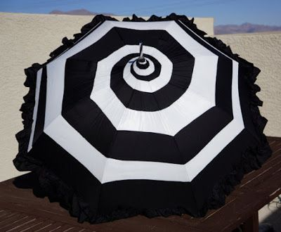 Goth Shopaholic: Happy National (Gothic) Umbrella Day!