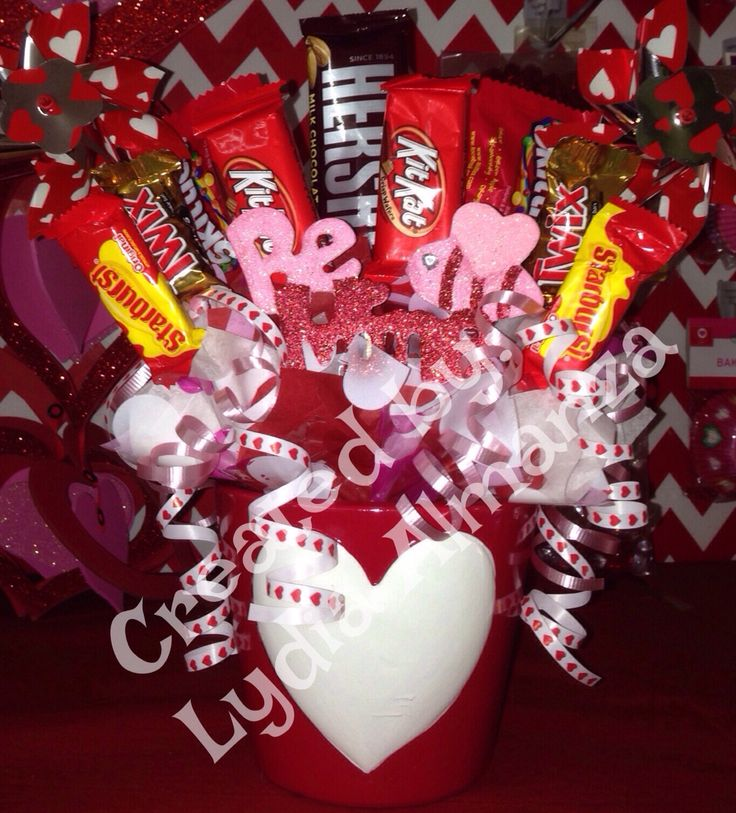 106 best Candy bouquet images on Pinterest | Valentine party ...