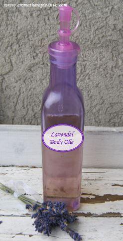 Maak je eigen huidverzorgende lavendel body olie.  Olie maakt je huid soepel, gaaf en levendig en wordt al eeuwen gebruikt als lichaamsverzorging.