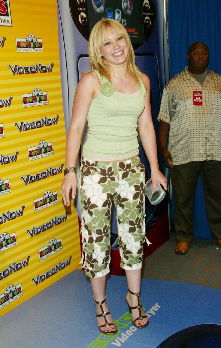 Top 91 ideas about 00s on Pinterest | Teenagers Low rise jeans and iPod