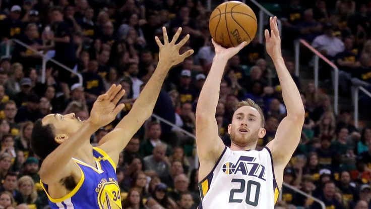 The Associated Press   Gordon Hayward has chosen to sign with the Boston Celtics and reunite with coach Brad Stevens. Hayward told Utah officials that he is moving on after seven seasons with the Jazz and that he picked Boston, making the announcement Tuesday evening on The Players'... - #Basketball, #CBC, #Celtics, #East, #Hayward, #Heads, #Join, #Sports, #World_News