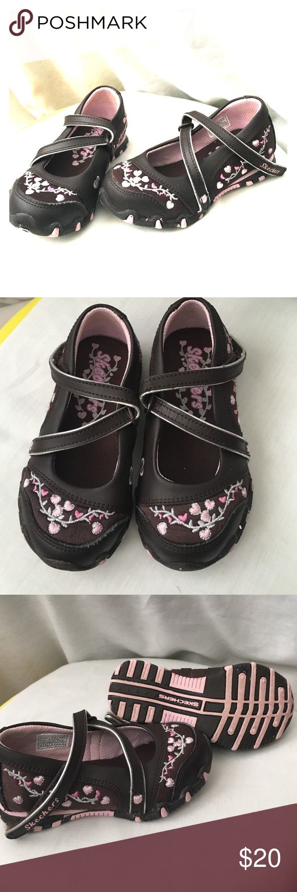 Girls Skechers Mary Janes Skechers girls Mary Jane shoes size 6.5.   Perfect condition!       50% of all our proceeds are donated to Cranio Angel Network and Craniosynostosis support and awareness. Skechers Shoes Dress Shoes