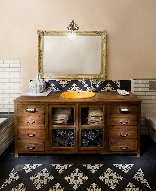 Alluring rustic bathroom vanities for natural themed - Old fashioned bathroom furniture ...