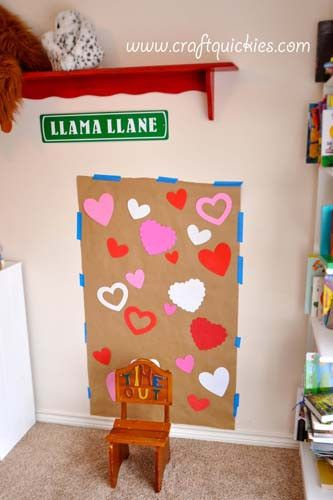 Learn how to set up a Valentine's Day photo booth to take pictures you'll love and treasure forever.