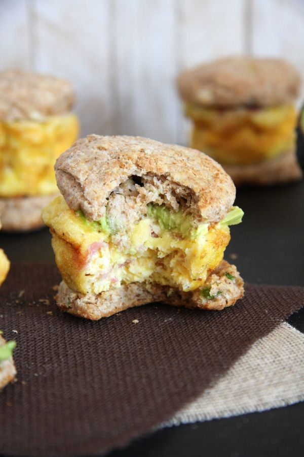These Mini Whole Wheat Egg Sandwiches make a delicious and adorable high-fiber breakfast!