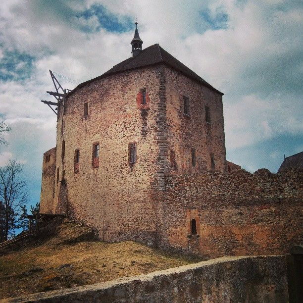 Hrad Točník   Točník Castle ve městě Točník