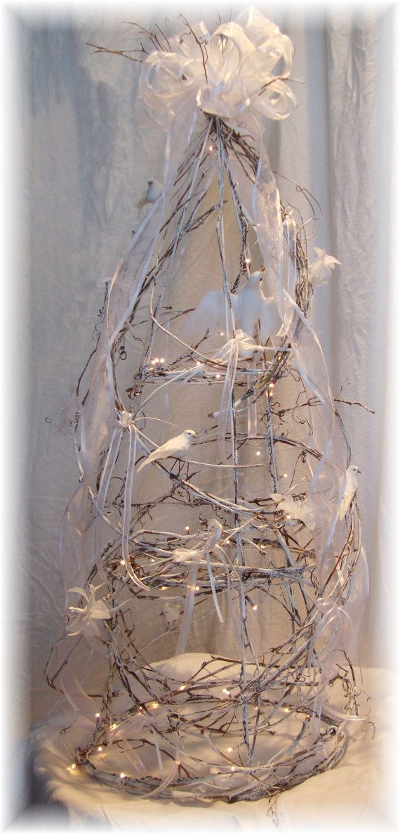 Lighted Grapevine Trees Wedding Centerpieces by HomeHearthGarden