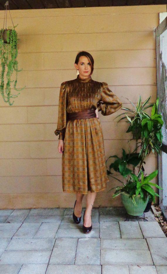 Vintage seidig Kleid / braun Plaid strukturiertem Stoff / mittlere große