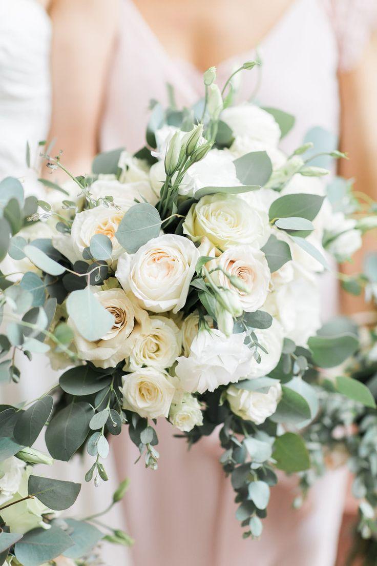 Blush Wedding | Garden Wedding | Bridesmaids Bouquet | Bridal Bouquet | Richmond Wedding | Virginia Wedding | Jillian Michelle Photography | The Proper Petal